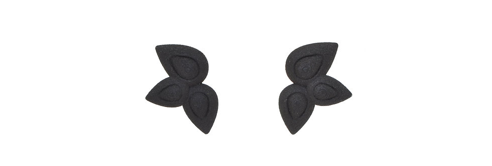 flower studs in black