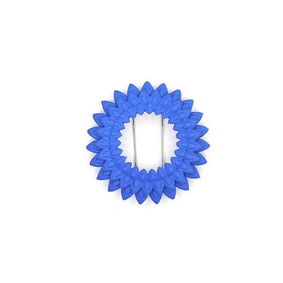 Dahlia brooch - blue