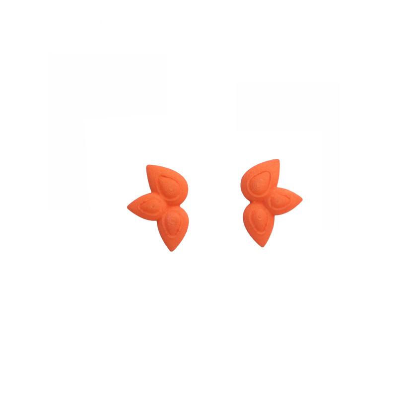 Floral stud earrings orange