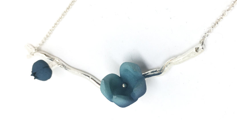 Bloom pendant - blue