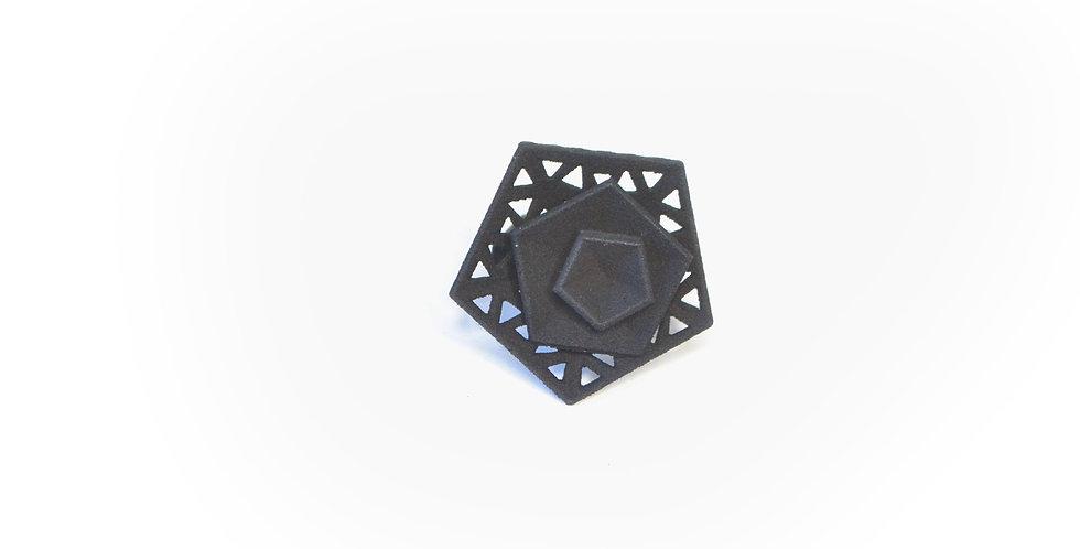 Vertigo perforated ring - black