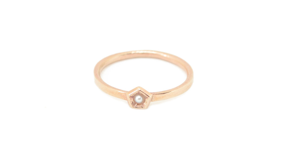 Pearl Single element ring- Vertigo mini