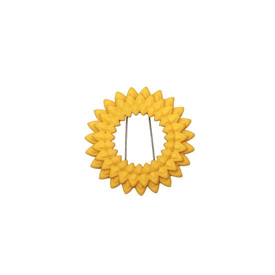 Dahlia brooch - citrus