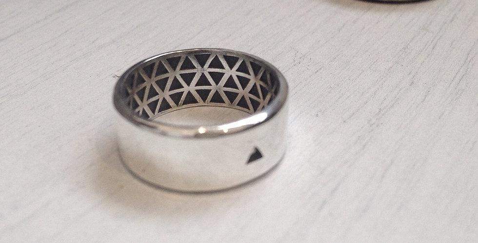Introvert - Men's ring