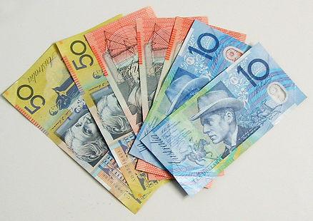 fan-of-australian-notes-1503178-639x451.