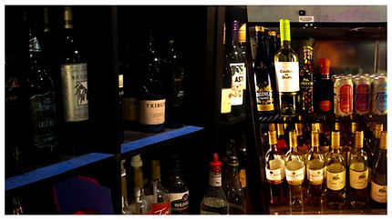 WineWhiteBorder.jpg