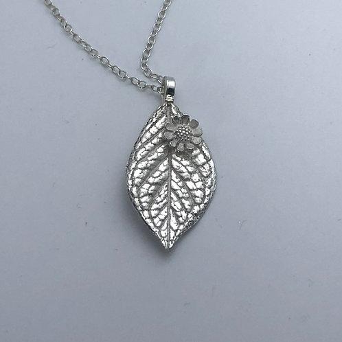 Fine silver leaf necklace