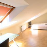 Wohn- & Schlafzimmer
