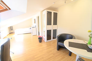 Möbliertes WG-Zimmer in Bonn Friesdorf