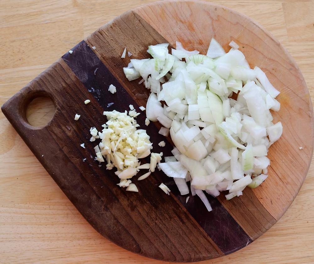 chopped-garlic-onion