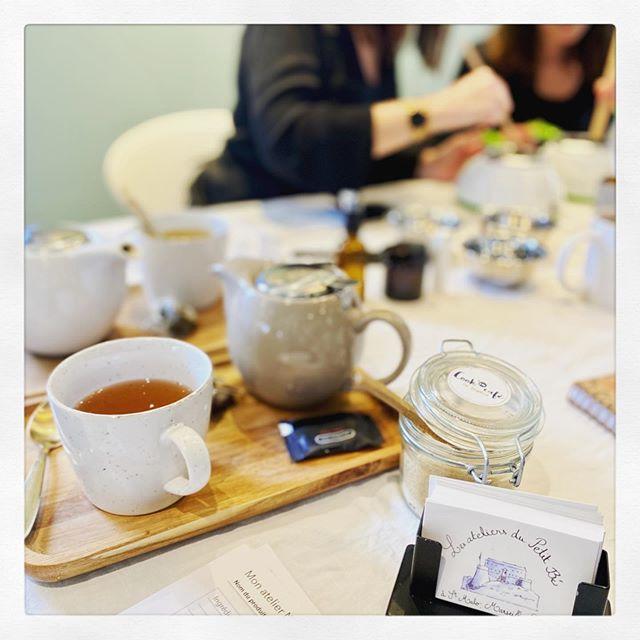 ☕️ 🌿 Un bon thé, des cookies maison, un