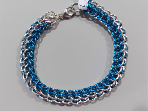 Stunning Sterling Silver and turquoise bracelet