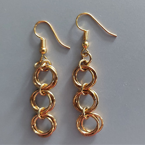 Rosette earrings in NuGold