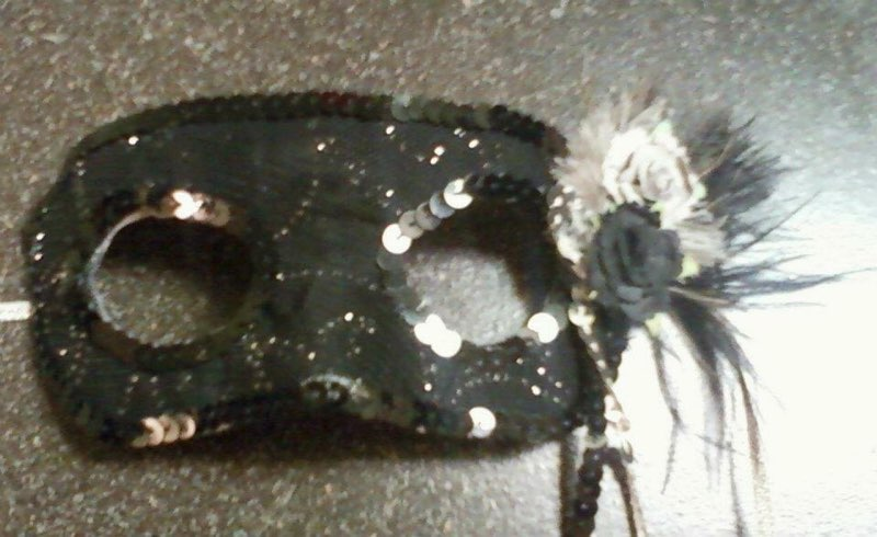 Silver Sparkle Mask