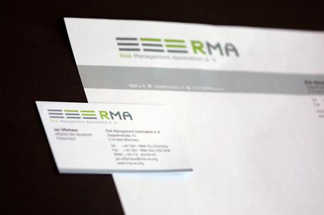 Visitenkarte und Geschäftsbrief