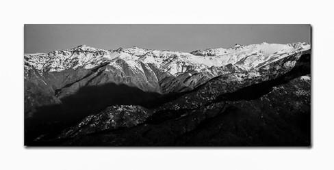 Montanhas Chilenas ao intardecer PB.jpg