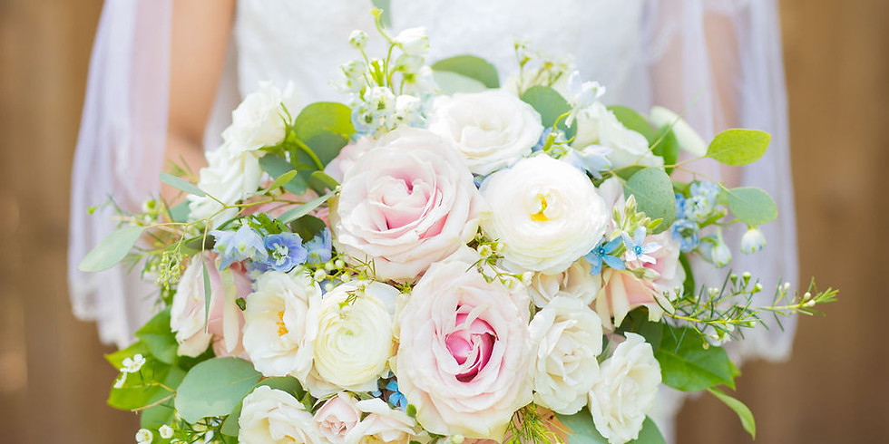 Complimentary consultation with a wedding planner! Look West Events