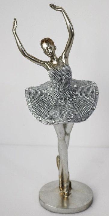 Ballerina - Pose One