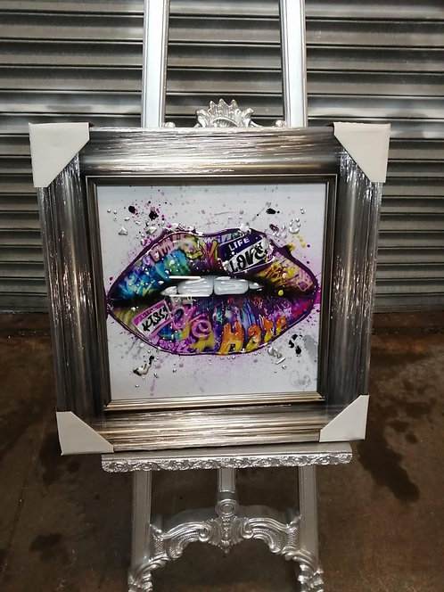 Lips on Venetian frame 55x55cm