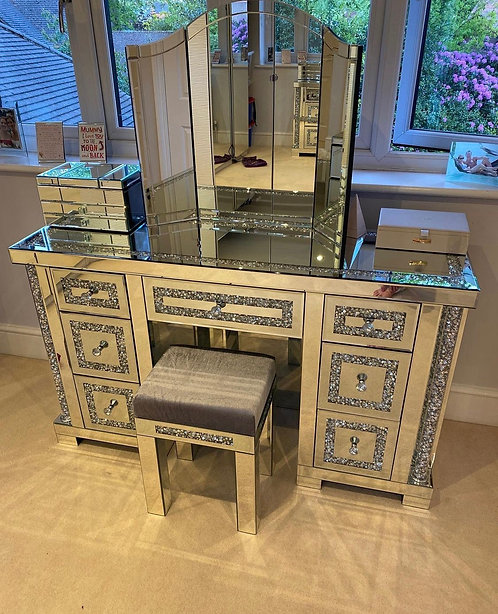 Crushed Diamond 7 Drawer Dressing Table & Stool
