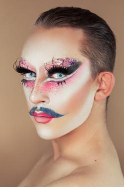 madm_moustache_philipp_basener_sonja-kai