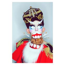 madm_moustache-nutcracker02