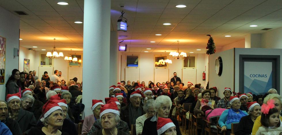 16. Navidad en Fundación Elder..JPG