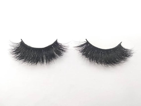 """""""Flawless"""" Lashes"""