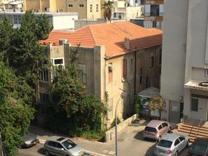 הרב קוק 35, בית גולדווסר