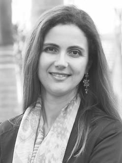 Daniela Melaré Vieira-Barros