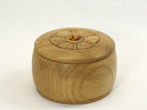 木の丸い小箱04
