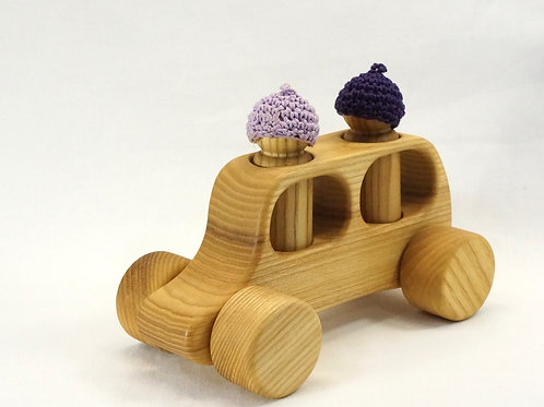 木のおもちゃ_車