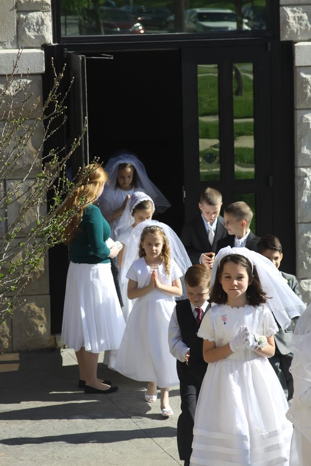 1st Holy Communions.JPG