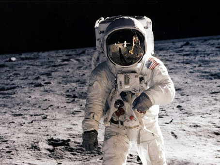 Fashion's Race to Space: Some 1960s Style Inspiration