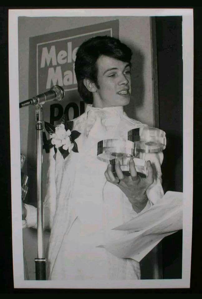 Freddie Burretti – A Fashion Designer for David Bowie