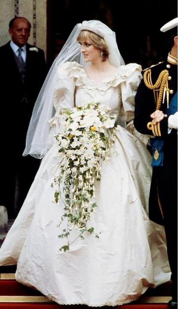 Princess Diana Puff Sleeve Wedding Dress