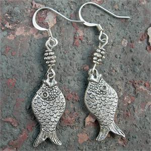 Fun Fashion Fish!! French hook earrings.