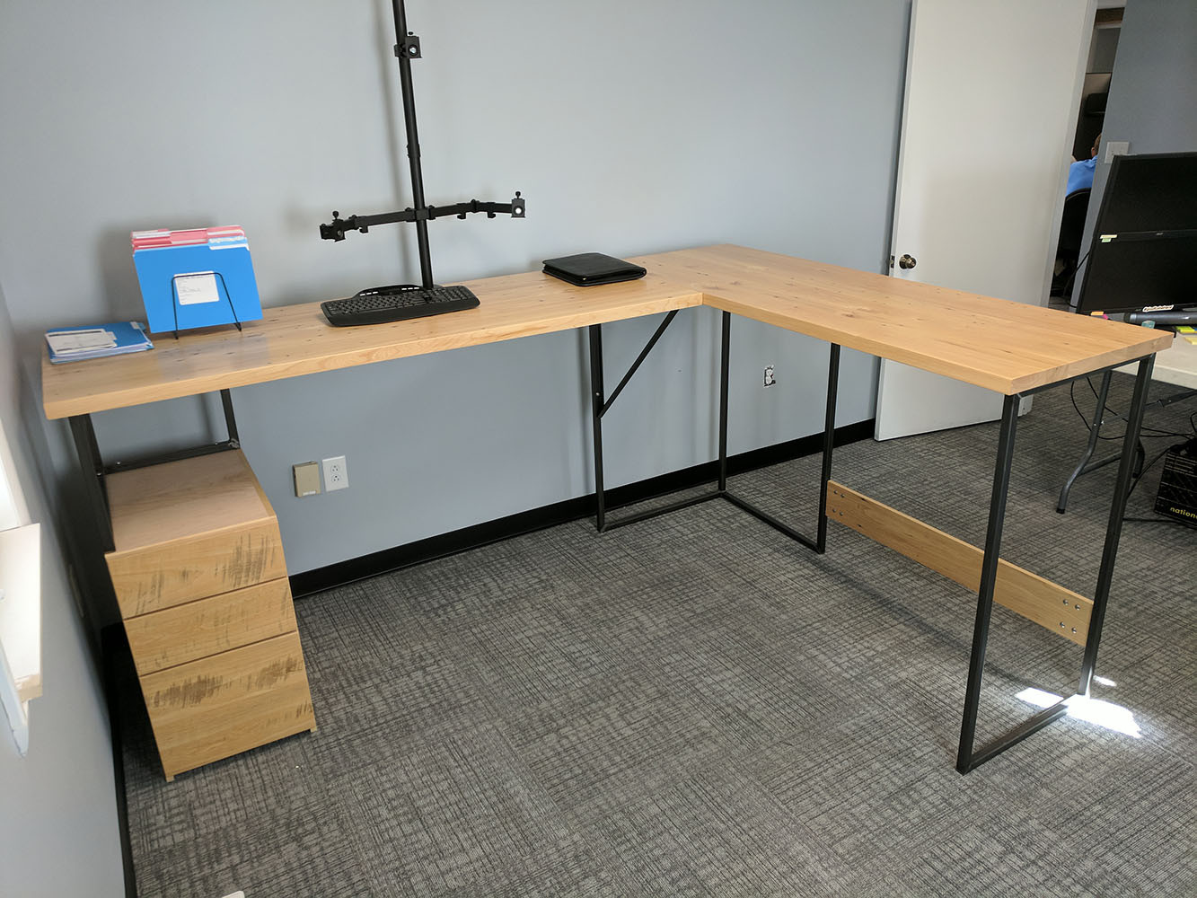 "Standing Height ""L"" Desk"