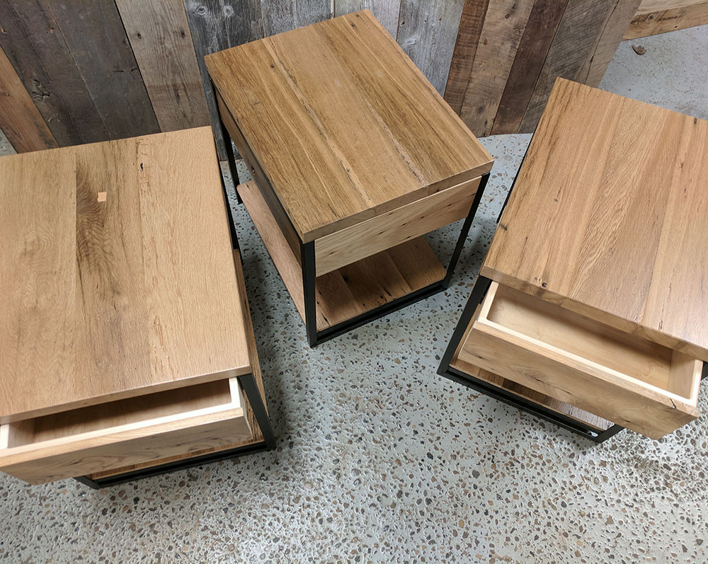 END TABLES WITH DRAWER.jpg