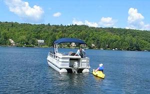 Navigation sur le lac - Sports, pêche et nautisme
