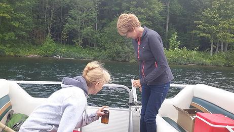Tests pour vérifier la qualité de l'eau du lac Bowker en Estrie - Protection de l'eau du lac - APRLB