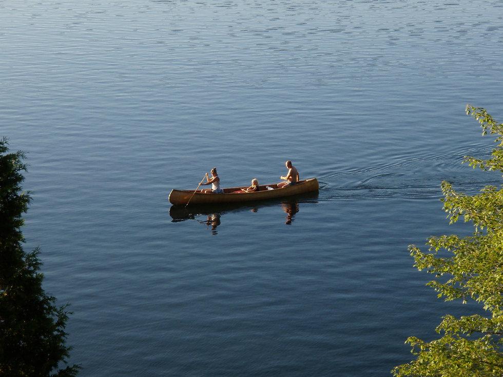 Photo de canot sur le lac Bowker - Navigation, plaisance, nautisme, pêche, natation, nage, qualité de l'eau