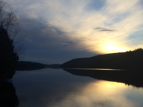 À lire, un dossier complet dans la Tribune sur les menaces qui planent sur nos lacs