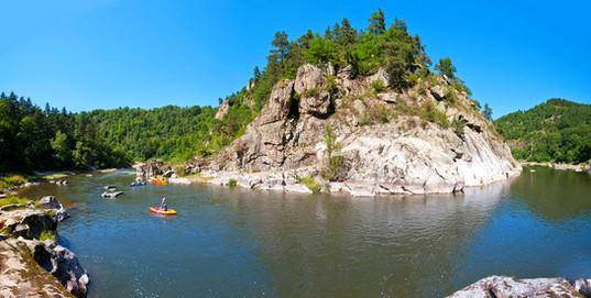 Canoe sur les gorges de la Loire