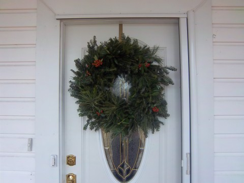 wreath+with+berries.jpg