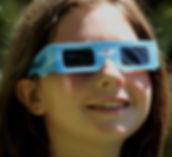 emilia lentes.jpg