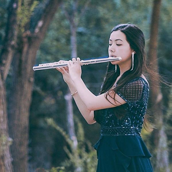 Yuna Langehennig, flute