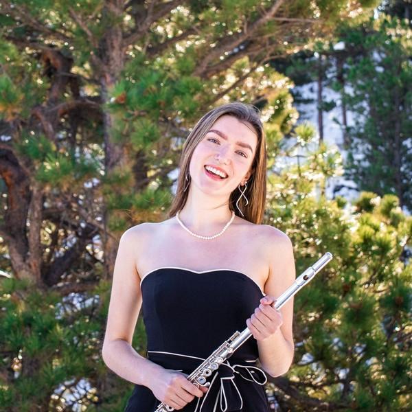 Ariel Flach, flute