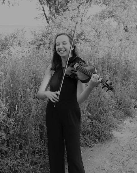 Sophia Thaut, violin