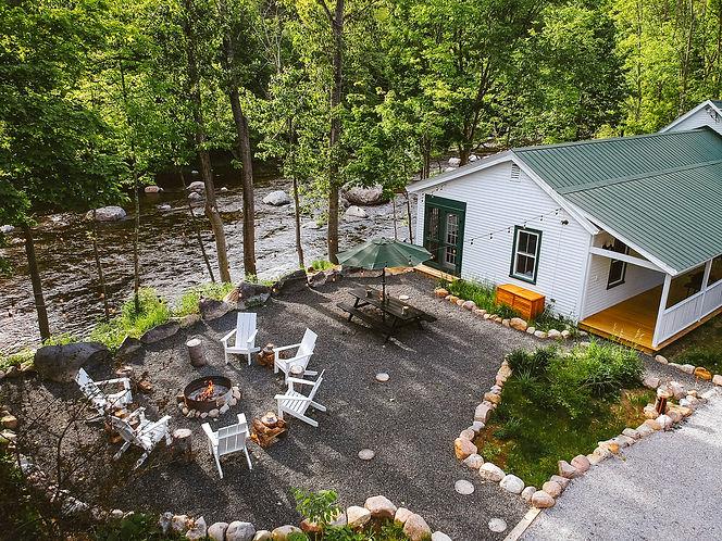 warners-camp-cabin-rental-lake-placid-ai
